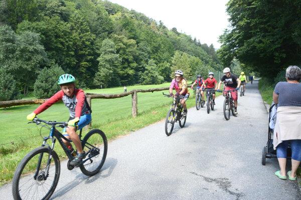 Lokalita sa teší veľkému záujmu verejnosti. Za dobrého počasia sem smerujú stovky cyklistov i peších.