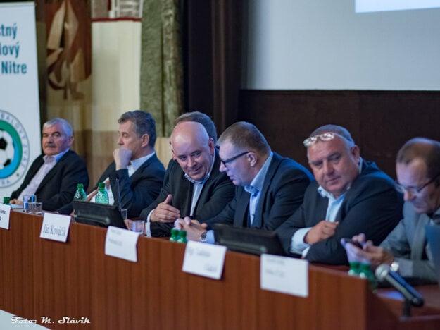 Štefan Korman na rokovaní Oblastného futbalového zväzu v Nitre.