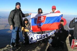 S účastníkmi guadalupskej púte horolezcov na Pico de Orizaba.