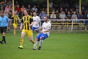 Brestovec (v žltom) porazil Veľké Bierovce/Opatovce.