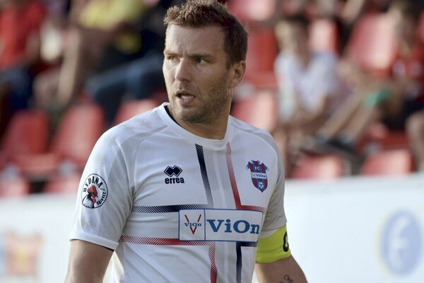 Tomáš Ďubek v Senici strelil dva góly a na tretí prihral, preto po 6. kole Požitavania patria medzi šesť najlepších tímov Slovenska.