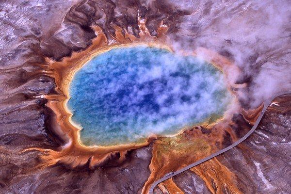 Stále hľadáme odpoveď, ako vznikol život na Zemi.