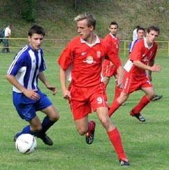 štefan chrenovský (s číslom 9) prispel k úspešnej premiére trénera stanislava baláža štyrmi gólmi.