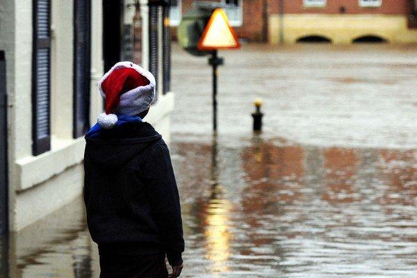 Anglický York bol zatopený aj  na Vianoce.