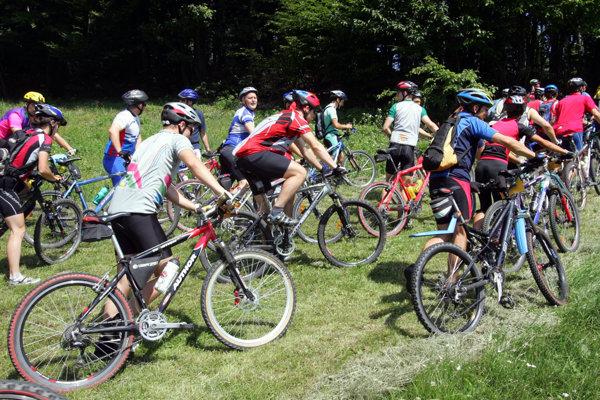 Cyklistom v Nitrianskom kraji majú pribudnúť desiatky kilometrov nových trás.