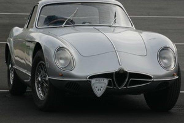 Bola príliš rýchla na svoju dobu. V roku 1954 dokázala ísť 220 kilometrov za hodinu. Auto s pokrokovým motorom a ultra ľahkou karosériou nahradila ľudová a praktická Giulietta.