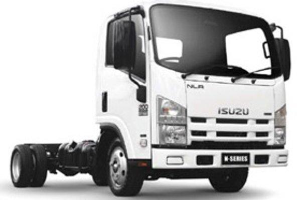 Isuzu série N bude prvým ľahkým nákladným automobilom v testoch auto.sme.sk.