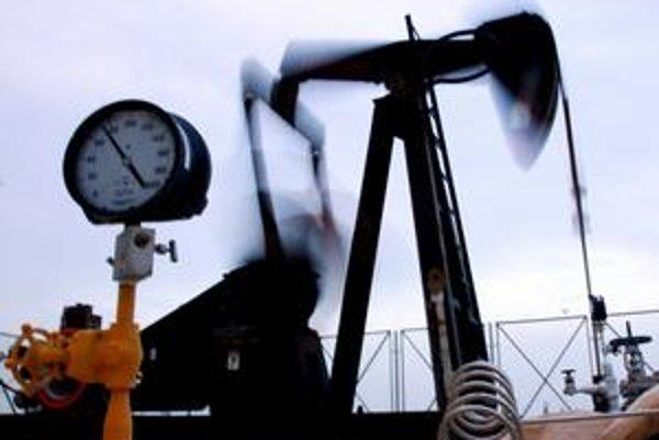 Pre ceny benzínov u nás je dôležitá cena anglickej ropy. Tá v posledných dňoch rástla.