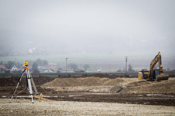 Budúci privádzač odľahčí cestu v priemyselnom parku, pretože doprava sa rozdelí.