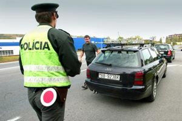 S policajtmi už pri pokutách nebude veľmi reč.