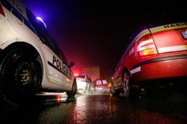 V utorok po hromadnej nehode bolo na diaľnici obzvlášť husto.