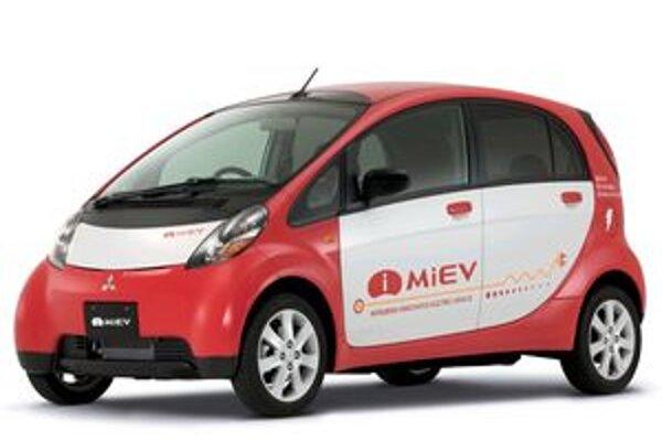 Mitsubishi Motors začne od budúceho roku predávať svoj model MiEV, ktorého batérie sa dobíjajú cez obyčajnú domovú sieť.