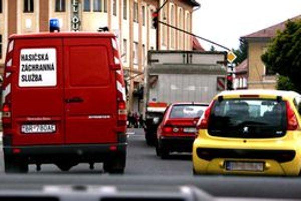 V meste sa vodiči odstupujú zodpovednejšie.