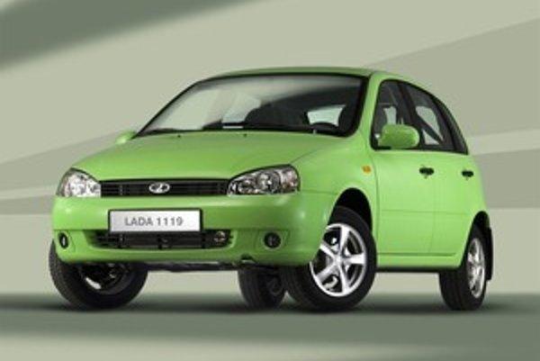 Vznetový agregát si ruská automobilka nevyvinula vo vlastnej réžii. Namiesto toho siahla po osvedčenom motore z ponuky značky Peugeot.