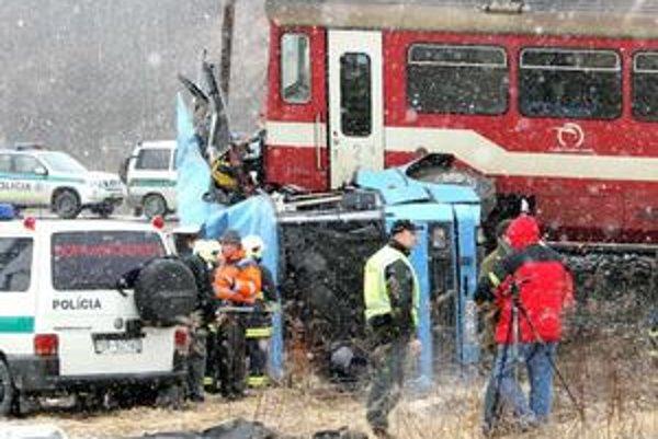 Na priecestí v Polomke zomrelo dvanásť ľudí.