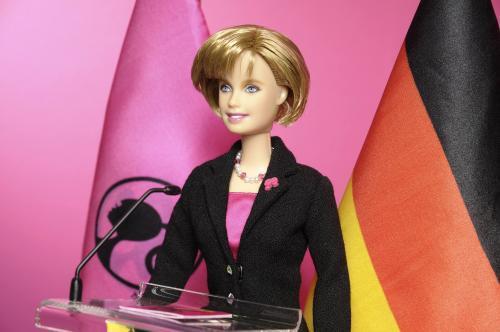 merkelova-barbie_reuters.jpg
