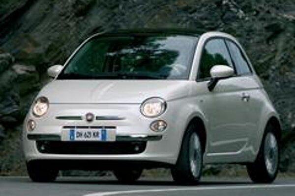 Medzi najväčšie lákadlá autosalónu rozhodne patrí Fiat 500.