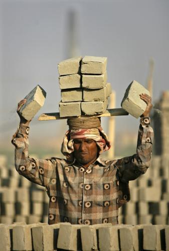 tehlaren-banglades_reuters.jpg