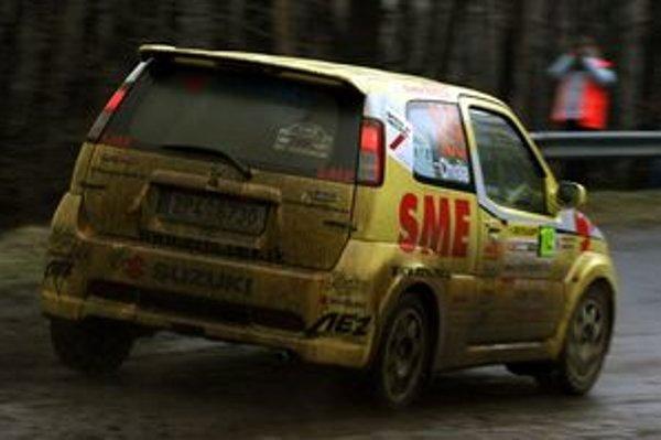 Prvému podujatiu série Tempus rally dominoval dážď. V Rožňave má byť pekne.