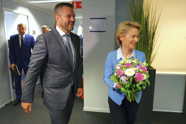 Slovenský premiér Peter Pellegrini a nadchadzajúca predsedníčka Európskej komisie Ursula von der Leyenová.