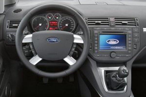 Posuvné pedále sú v príplatkovom vybavení modelov Focus a C-Max