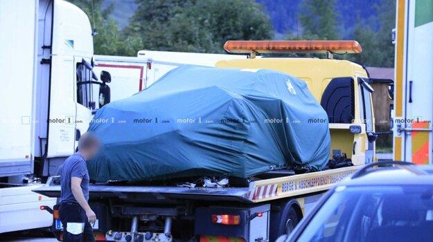 Testovania štvrtej generácie Octavie skončilo vo Švajčiarsku nehodou.