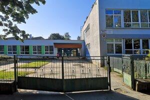 Základná škola Bajkalská.