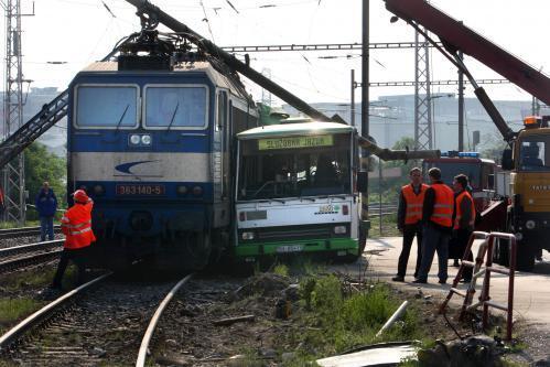 vlak-bus4_sita.jpg