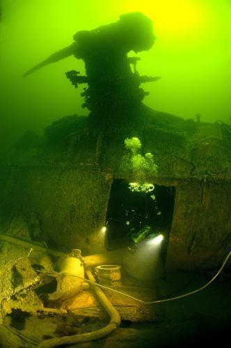 potopena-ponorka_tasrap.jpg