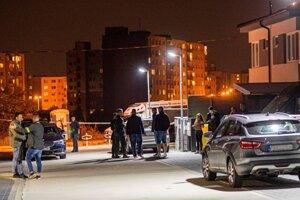 Polícia pred domom prezidentky.