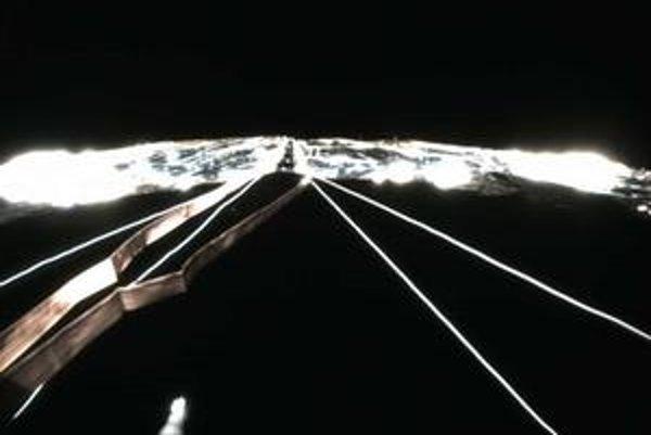 Plachta vesmírnej plachetnice Ikaros sa úspešne rozvinula.