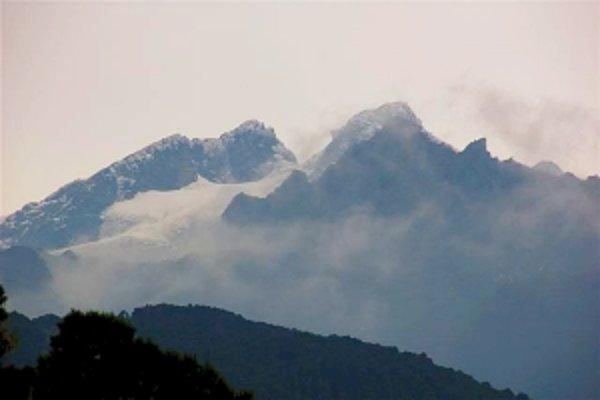 Vrchol Margherita je súčasťou pohoria Ruwenzori.