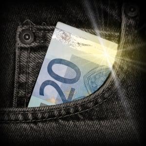 1289291_money____money___.jpg
