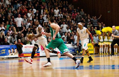 basketbal_derby_94_16.jpg