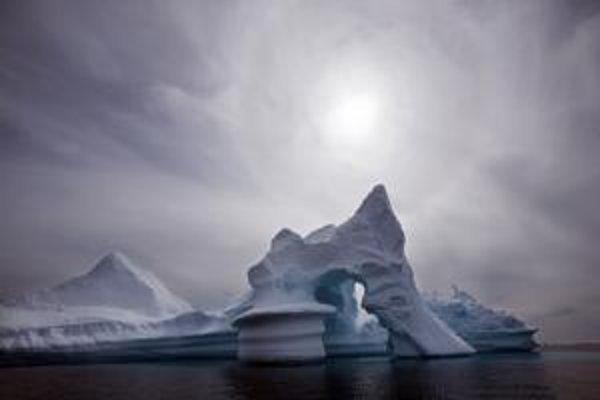 Grónsky ľad dnes odoláva takej koncentrácii vzdušného oxidu uhličitého, ako naposledy pred 15 miliónmi rokov.