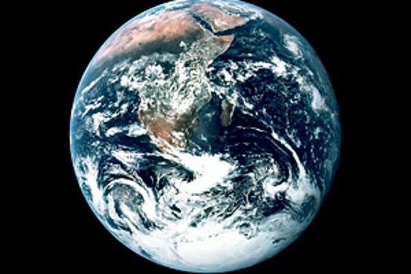 Zem, ako vyzerá z vesmíru.