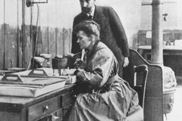 Pierre Curie so ženou Marie.