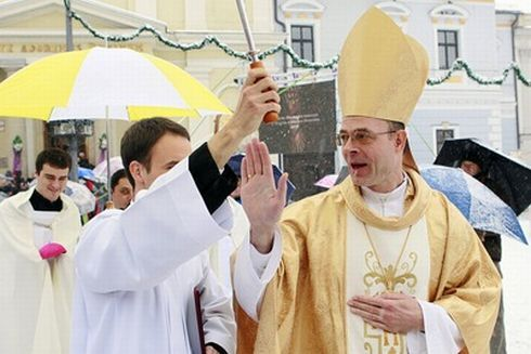 biskup4.jpg