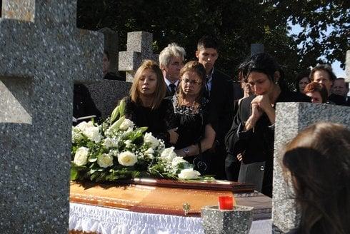 pohreb1_res.jpg