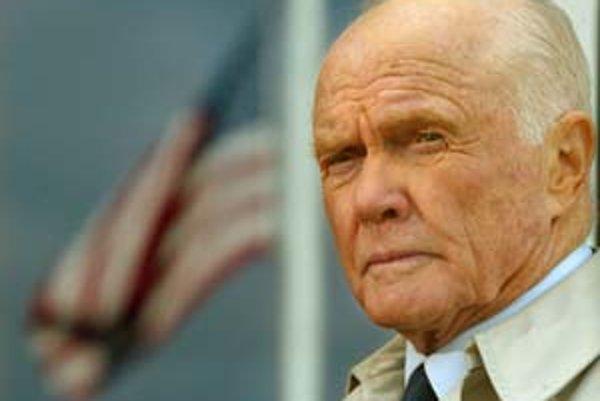 Glennov život sa stal námetom na filmový scenár. Vo filme The Right Stuff ho stvárnil Ed Harris. Glenn si zahral aj v seriáli Frasier. Jeho meno sa skloňuje aj v piesni Iana Browna My Star.