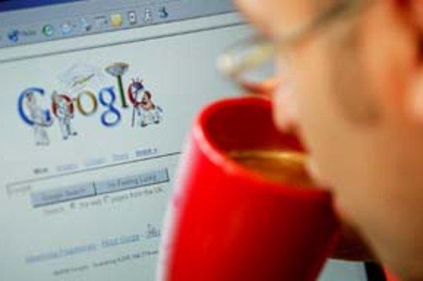 Nekorunovaným kráľom vyhľadávačov je Google.