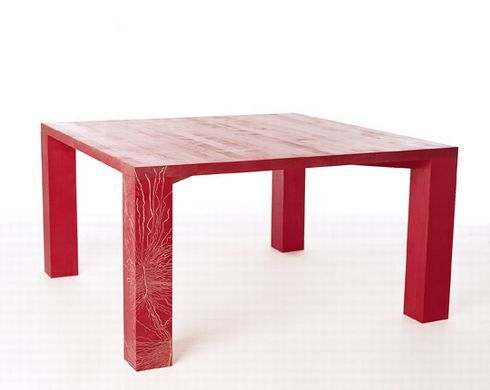 01table_by_insects_front_r8118_res.jpg