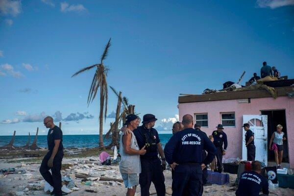 Bahamy po hurikáne Dorian.