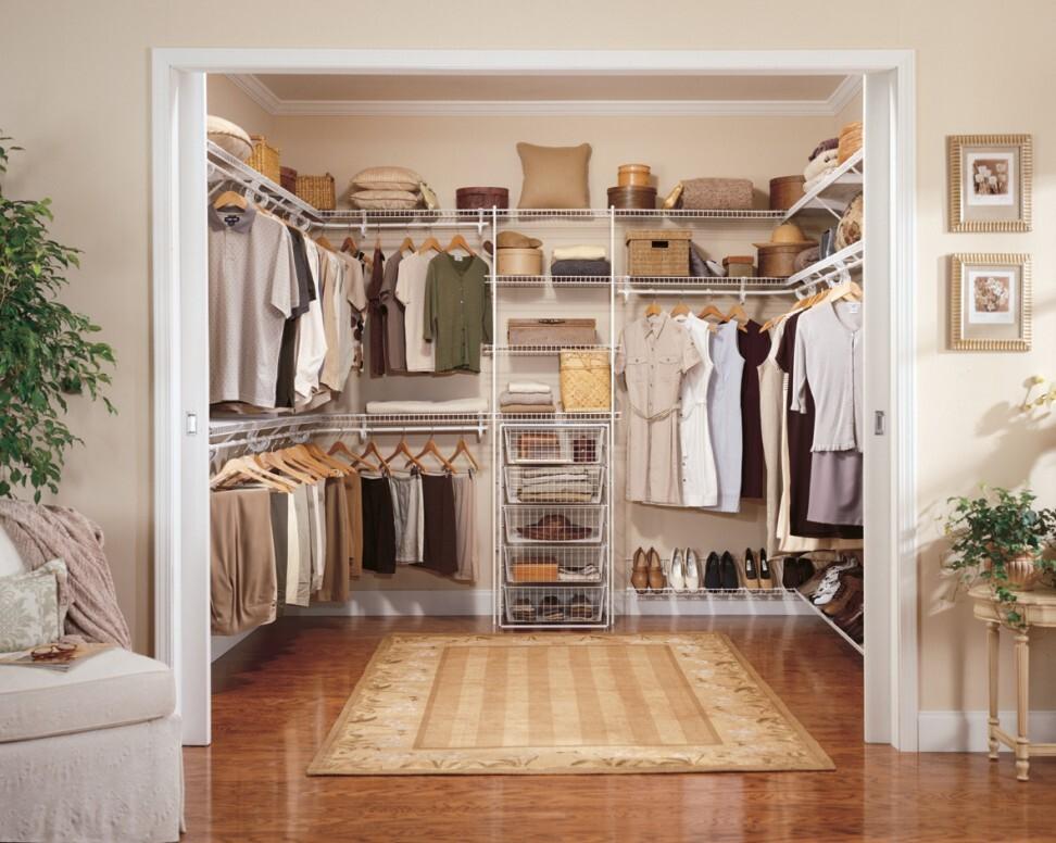 furniture-beautiful-white-walk-in-closet.jpg