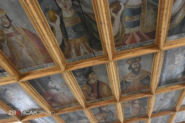 Unikátny kazetový strop v Kráľovskej sieni na Zvolenskom zámku.