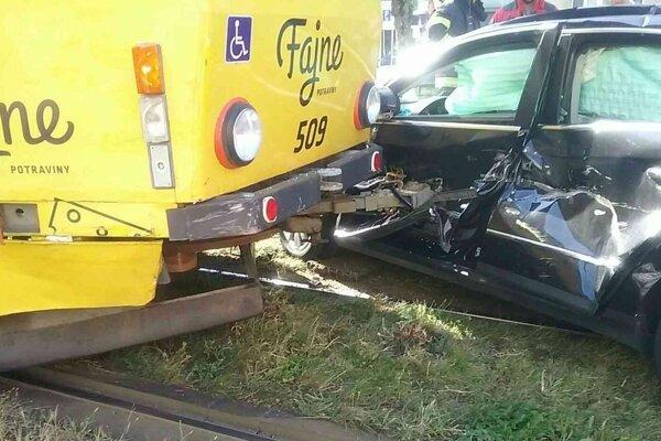 Nehoda na Štúrovej.