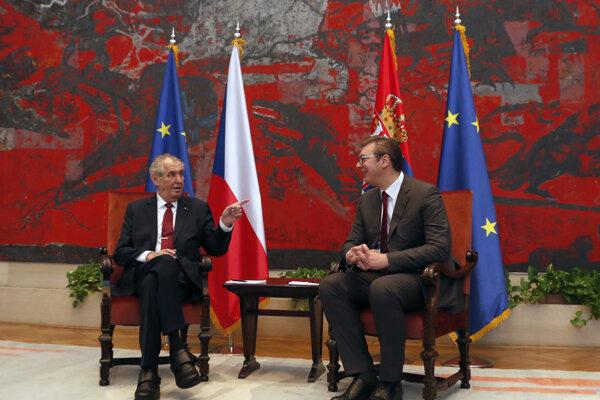 Miloš Zeman (vľavo) s Aleksandrom Vučičom počas stretnutia v srbskom Belehrade.