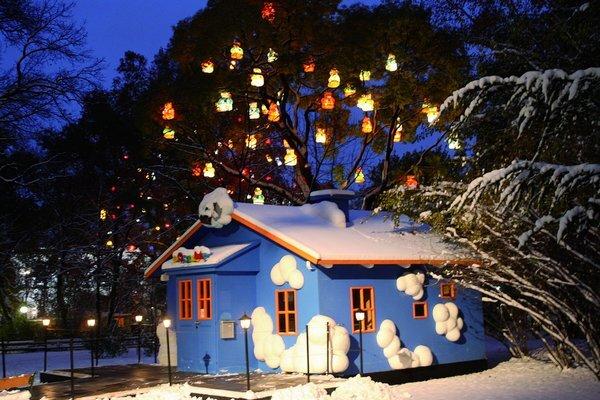 vianocne-trhy-vieden_res.jpg