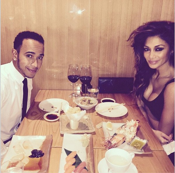 Večera s priateľom Lewisom Hamiltonom