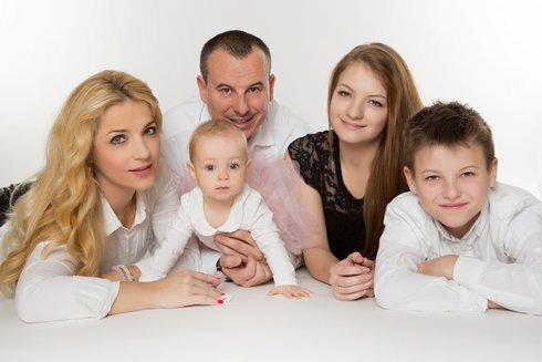 simkovicova_rodina_res.jpg
